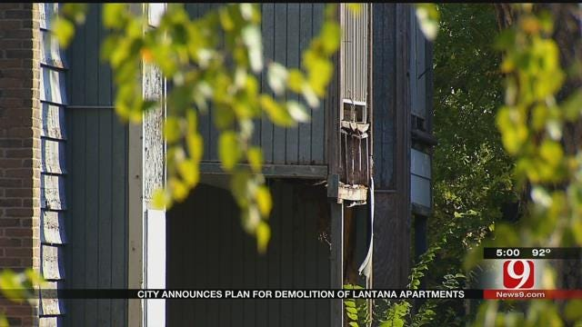 City Opens Up Bids For Demolition Of Dilapidated Apartment Complex