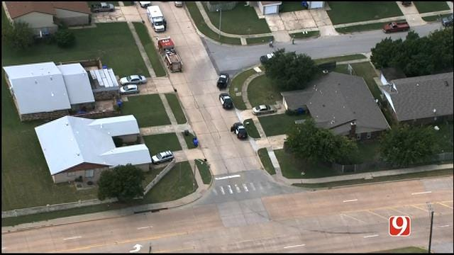 WEB EXTRA: SkyNews 9 Flies Over Another Standoff In Norman