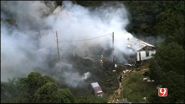 WEB EXTRA: SkyNews 9 Flies Over Slaughterville Mobile Home Fire