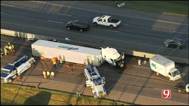 WEB EXTRA: Bob Mills SkyNews 9 HD Flies Over Deadly Crash On I-35 In Moore