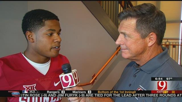 Dean Goes 1-on-1 With Sterling Shepard