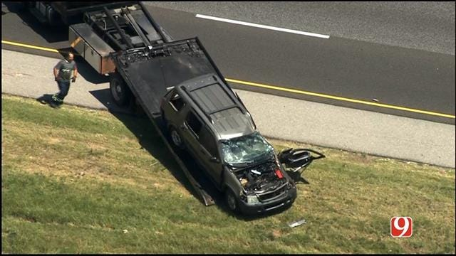 WEB EXTRA: SkyNews 9 Flies Over Rollover Crash On I-35 In Norman