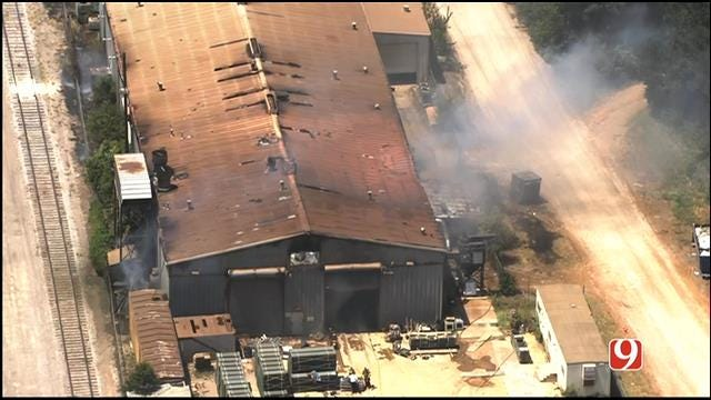 WEB EXTRA: SkyNews 9 Flies Over Explosion At El Reno Metal Garage