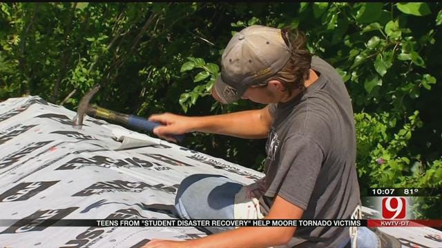 Texas Teenagers Lend A Helping Hand In Moore