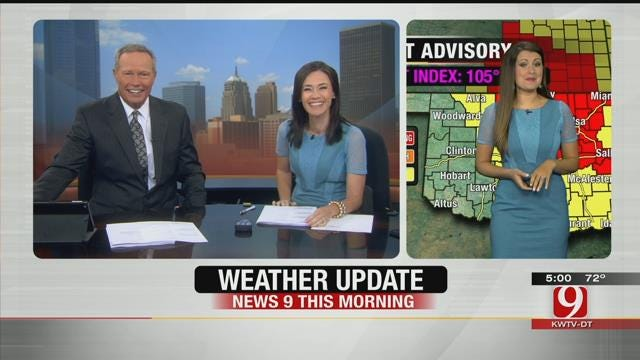 Lacey And Bobbie Wear Same Dress On News 9 This Morning