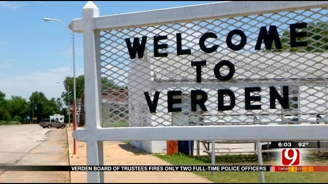Verden Police Chief, Officer Fired During Board Of Trustees Meeting