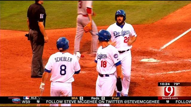 Dodgers Cruise Past Redbirds