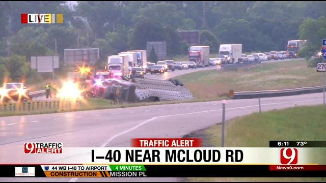 I-40 Closed In Pott. County Due To Overturned Cattle Truck