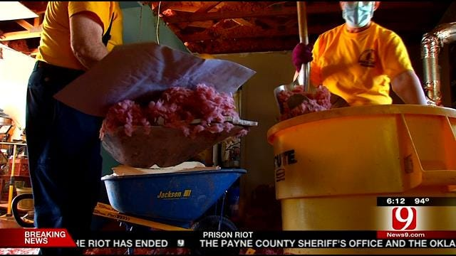 Oklahoma Baptist Disaster Relief Volunteers Continue Storm Damage Clean Up