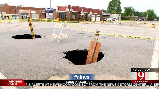 Pickup Driver, Tow Truck Get Stuck In Chickasha Sinkholes