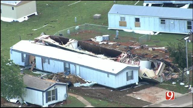 WEB EXTRA: Bob Mills SkyNews 9 HD Flies Over SE OKC Tornado Damage