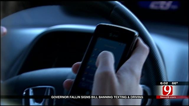 Texting And Driving Soon To Be Illegal In Oklahoma