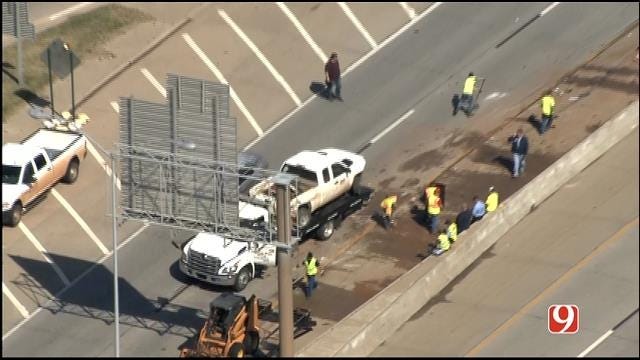 WEB EXTRA: Bob Mills SkyNews 9 HD Flies Over Scene Of Jackknifed Truck