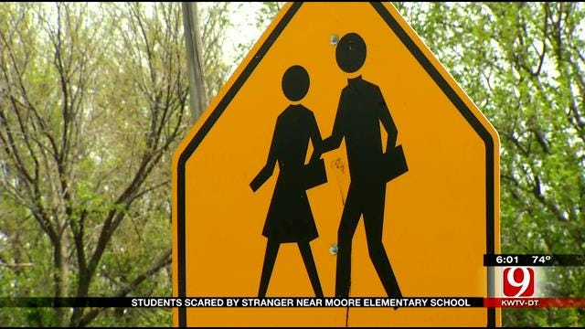 Students Scared By Stranger Near Moore Elementary School