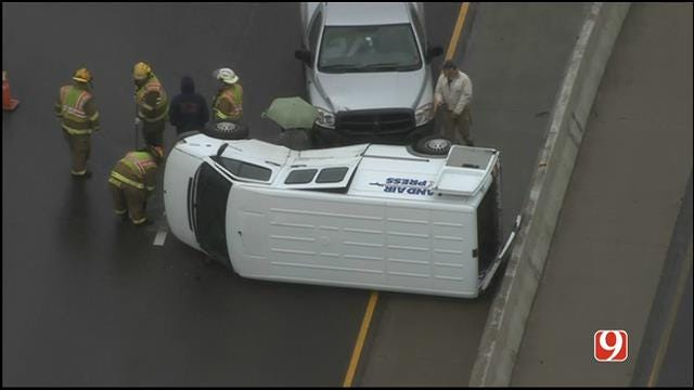 WEB EXTRA: SkyNews 9 Flies Over Rollover Wreck On I-40 At Air Depot