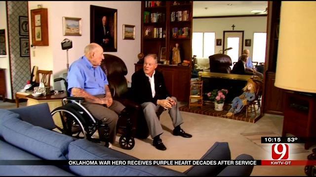 95-Year-Old WWII Veteran Receives Purple Heart