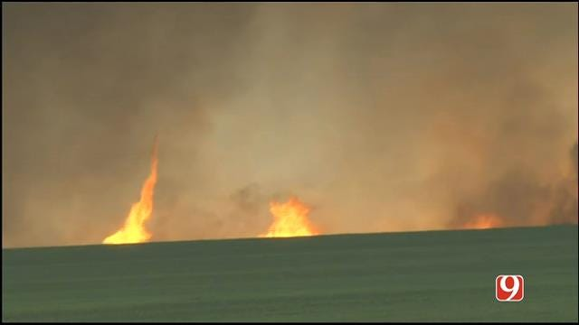 WEB EXTRA: Woodward Wildfire Spawns Firenadoes