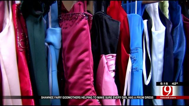 Shawnee 'Fairy Godmothers' Help Make Prom Dreams Come True