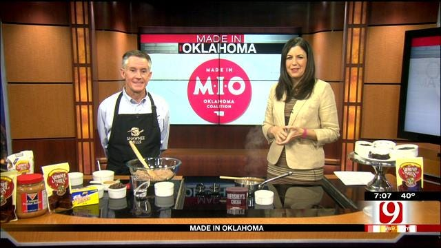 Made In Oklahoma: Molten Chocolate Peanut Butter Pudding Cake