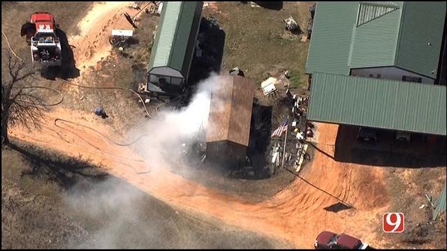 WEB EXTRA: Bob Mills Flies Over SE OKC Structure Fire
