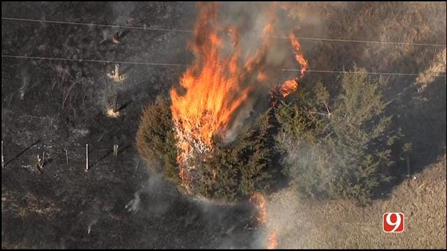 Three Grass Fires Reported On I-40 Near Yukon