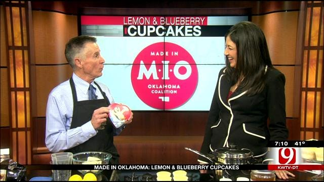 Made In Oklahoma: Lemon And Blueberry Cupcakes