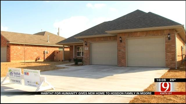 Habitat For Humanity Gives Moore Tornado Victim A Home