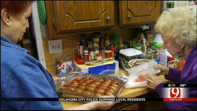 Oklahoma City Police Honor Pair Whose Made Them Cakes For Years