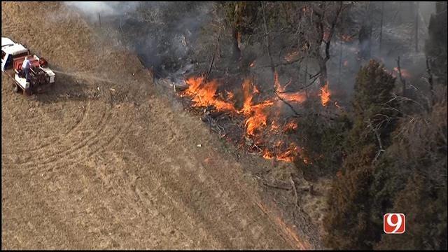 WEB EXTRA: SkyNews 9 Flies Over Grass Fire Near Wellston