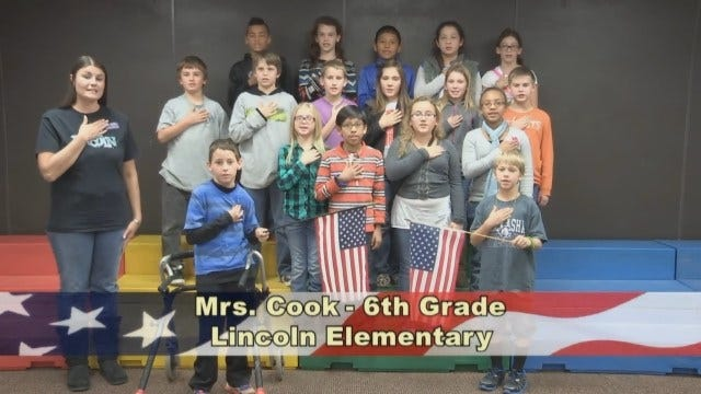 Mrs. Cook's 6th Grade Class At Lincoln Elementary