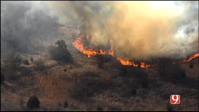 WEB EXTRA: Bob Mills SkyNews 9 HD Flies Over Large Grass Fire Near McLoud