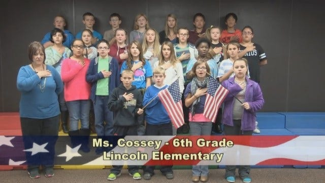 Ms. Cossey's 6th Grade Class At Lincoln Elementary School