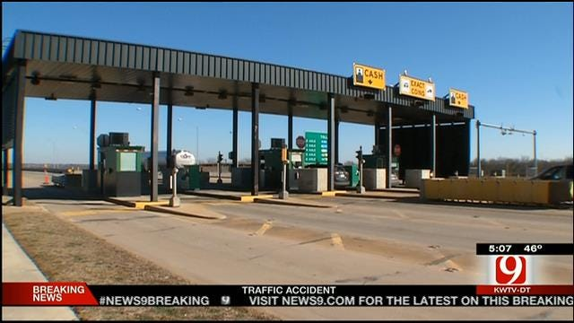 Turnpike Officials Stress Safety After Deadly Toll Booth Accident