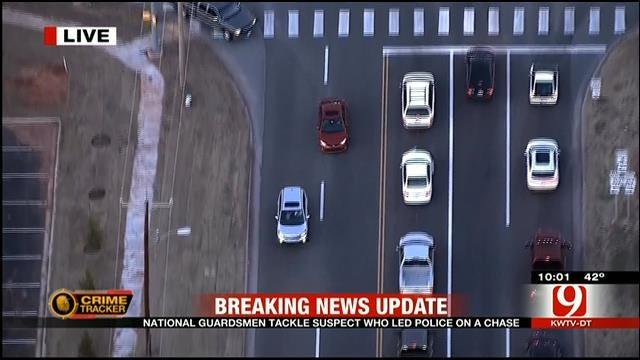 National Guardsmen Tackle Suspect After Metro Police Chase