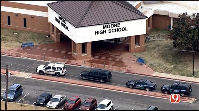 WEB EXTRA: Bob Mills SkyNews 9 HD Flies Over Moore HS Evacuation