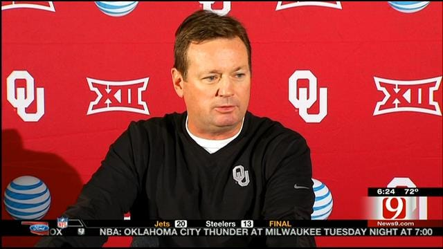Stoops Addresses State Of The Sooners