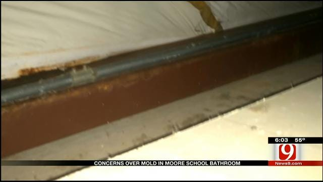Metro Mom Worried About Possible Mold At Private School