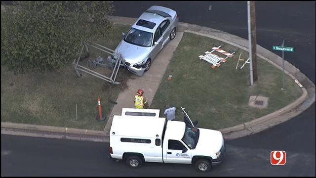 WEB EXTRA: SkyNews 9 Flies Over Car Crashed Into Edmond Gas Meter