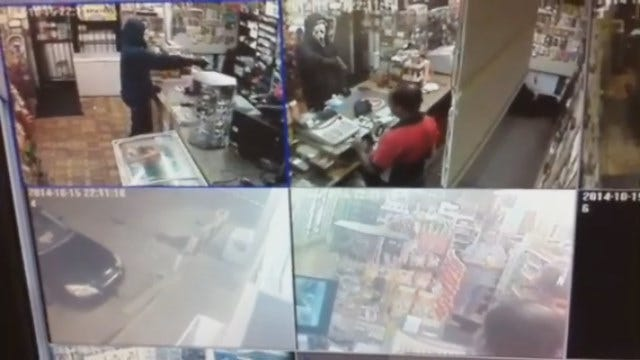 WEB EXTRA: Suspect Wearing 'Scream' Mask Robs OKC Store At Gunpoint