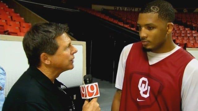 OU Basketball: TaShawn Thomas Practices As He Waits On NCAA Ruling