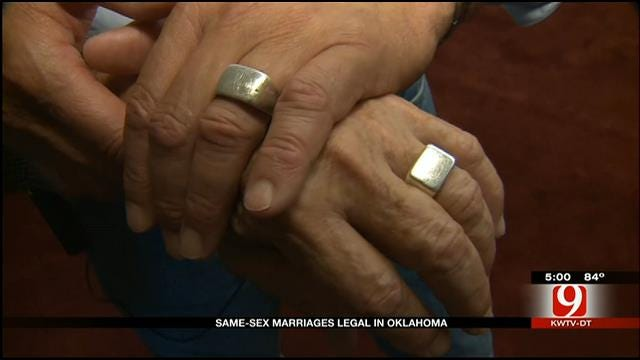 Same-Sex Marriages Legal, Underway In Oklahoma