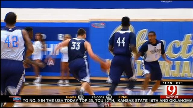 Thunder Blue-White Scrimmage Highlights