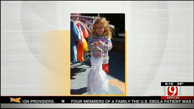 OKC Zoo Hosts Halloween Costume Swap Event