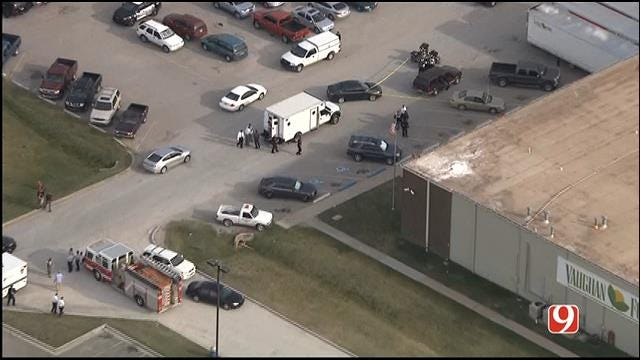 WEB EXTRA: SkyNews 9 Flies Over Stabbing At Moore Food Distribution Center
