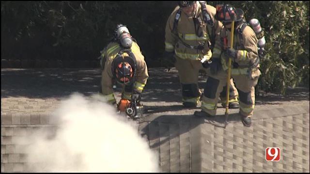 WEB EXTRA: Bob Mills SkyNews 9 HD Flies Over NW OKC House Fire