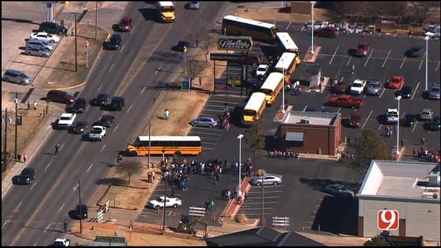 Putnam City Students Evacuated From School Following Bomb Threat