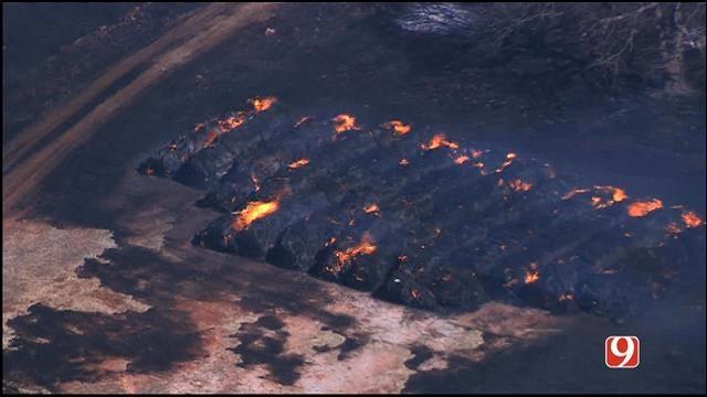 Crews Battle 2 Grass Fires In Pottawatomie County