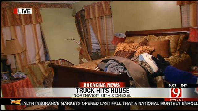 Man Injured After Crashing Pickup Into NW OKC Home