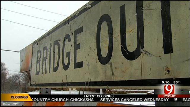 Tempers Flare Over Closed Bridge From Lexington To Purcell