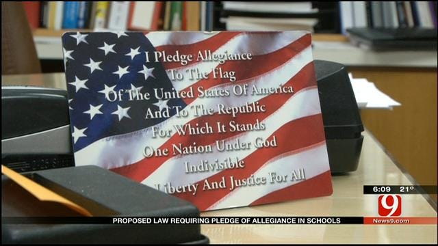Proposed Law Requires Students To Recite 'Pledge Of Allegiance' At School